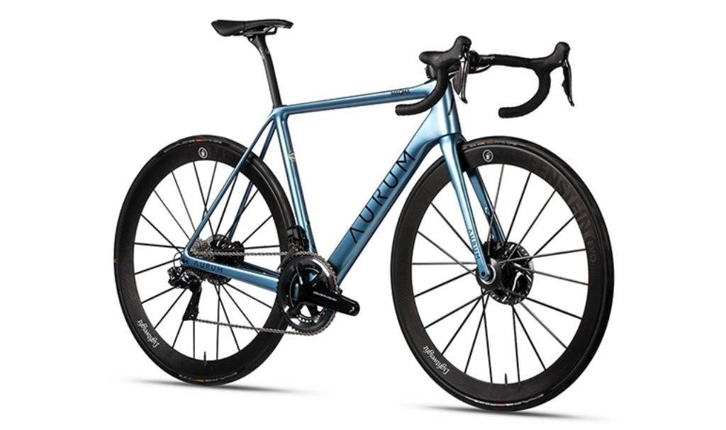 LANSERT! Slik ser den ene av to nye Aurum Magma ut. Alberto Contador og Ivan Basso har gått for et klassisk design.