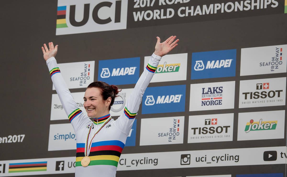 DOBBELT GULL: Elena Pirrone vant sitt andre gull i dette mesterskapet på dagens fellesstart i damenes juniorklasse. Foto: Kristof Ramon.