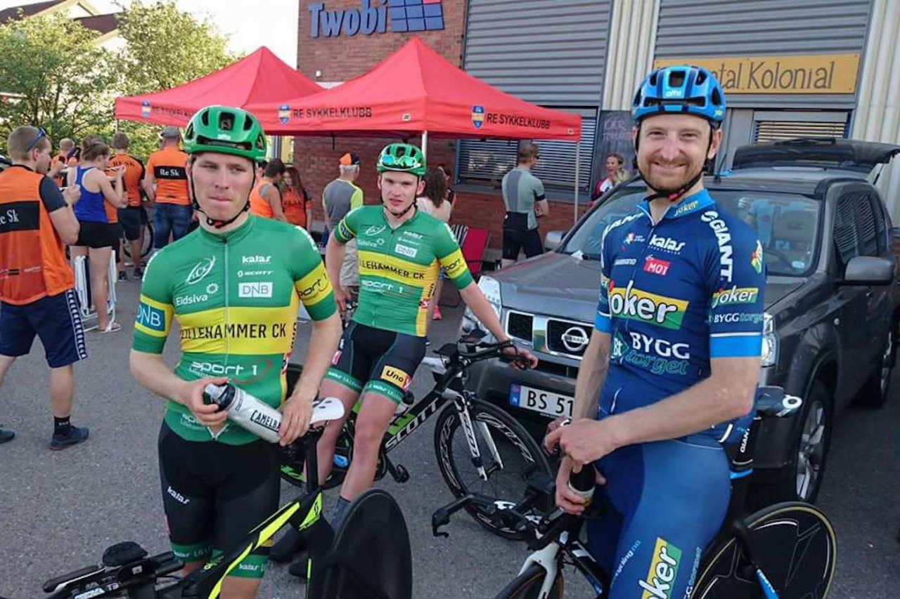 REKORD: Reidar Borgersen stilte til start på Retempon 2016, her med Torjus Sleen og Vegard Børsheim fra Lillehammer CK. Foto: Arrangøren
