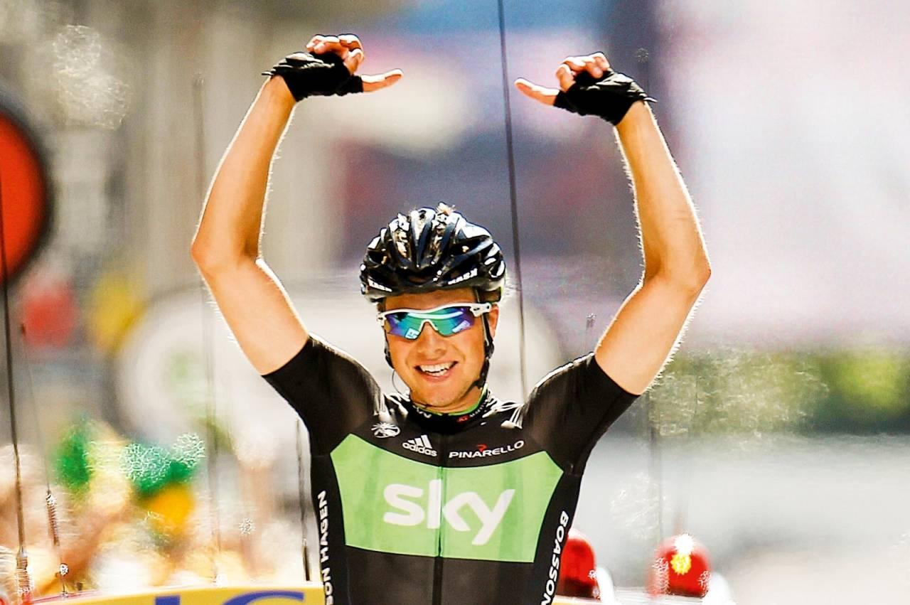 Vill etappe: Da Edvald krysset mållinjen i Pinerolo var det fullstendig kaos lenger bak. Både seieren og omrokkeringen i sammendraget gikk sin seiersgang på sportssendingene senere på dagen.