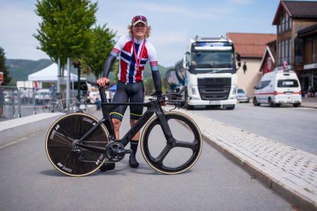 OVERLEGEN: Trym Westgaard Holther var over 30 sekunder foran nummer to i dagens NM-løype. Foto: Henrik Alpers.