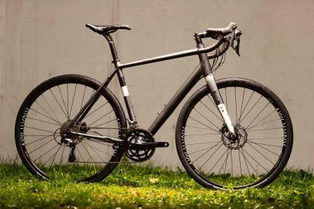 GEOMETRIBOM: Gekko Firm GRV har pene rammedetaljer, men 54-størrelsen har for kort avstand mellom pedaler og forhjul.