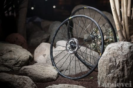 STILIGE: Elite er en gammel klassiker fra Mavic, nå i skive- bremsversjon. Den har samme lett- gjenkjennelige utseende som andre Mavic-hjul.