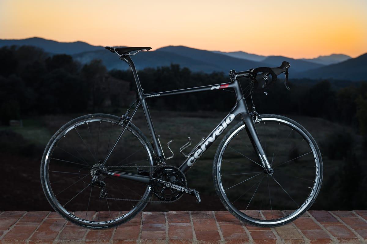 ANONYM: Cervélo R5 er ikke den sykkelen som skriker mest etter oppmerksomhet. På veien ble den best i test.