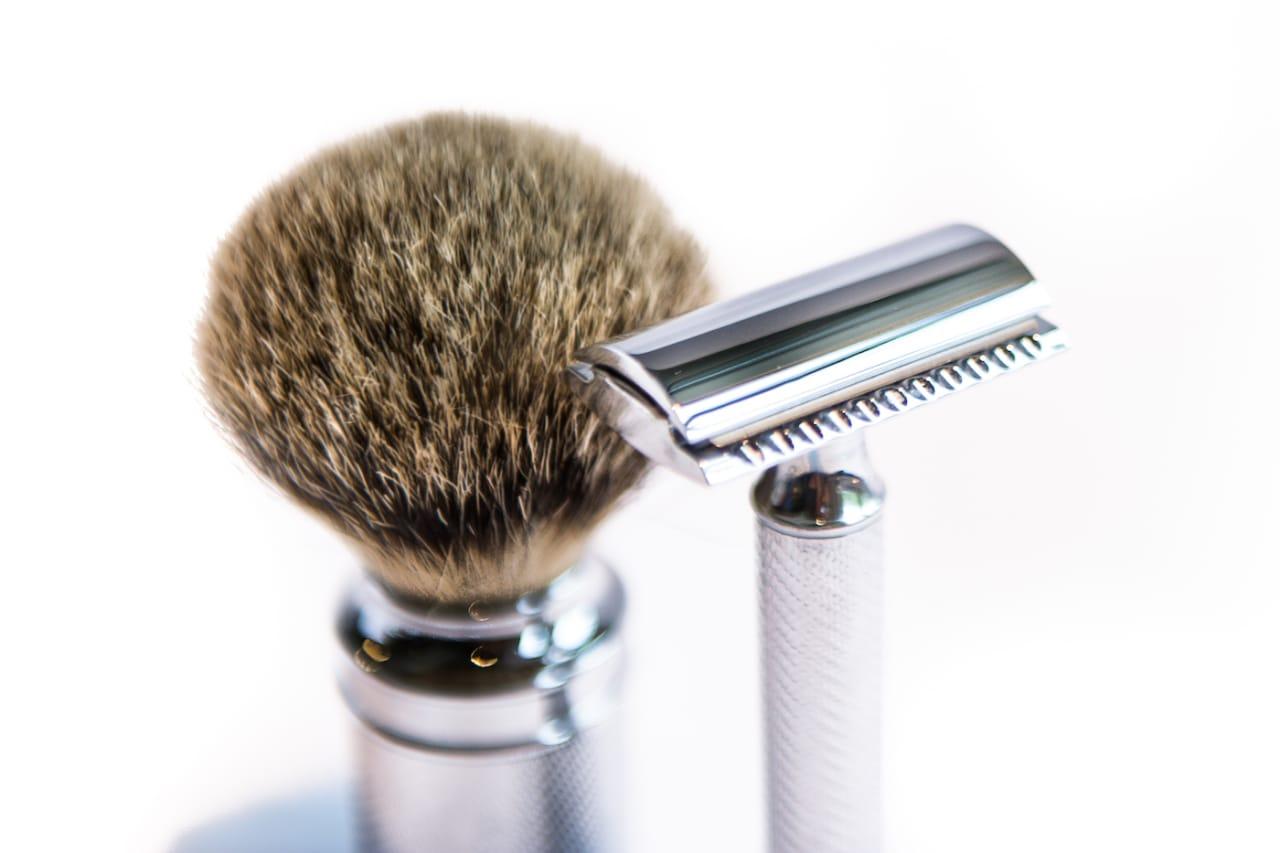 STIL: Lite er så elegant som klassisk barbering. Men fungerer det på bena? Foto: Henrik Alpers