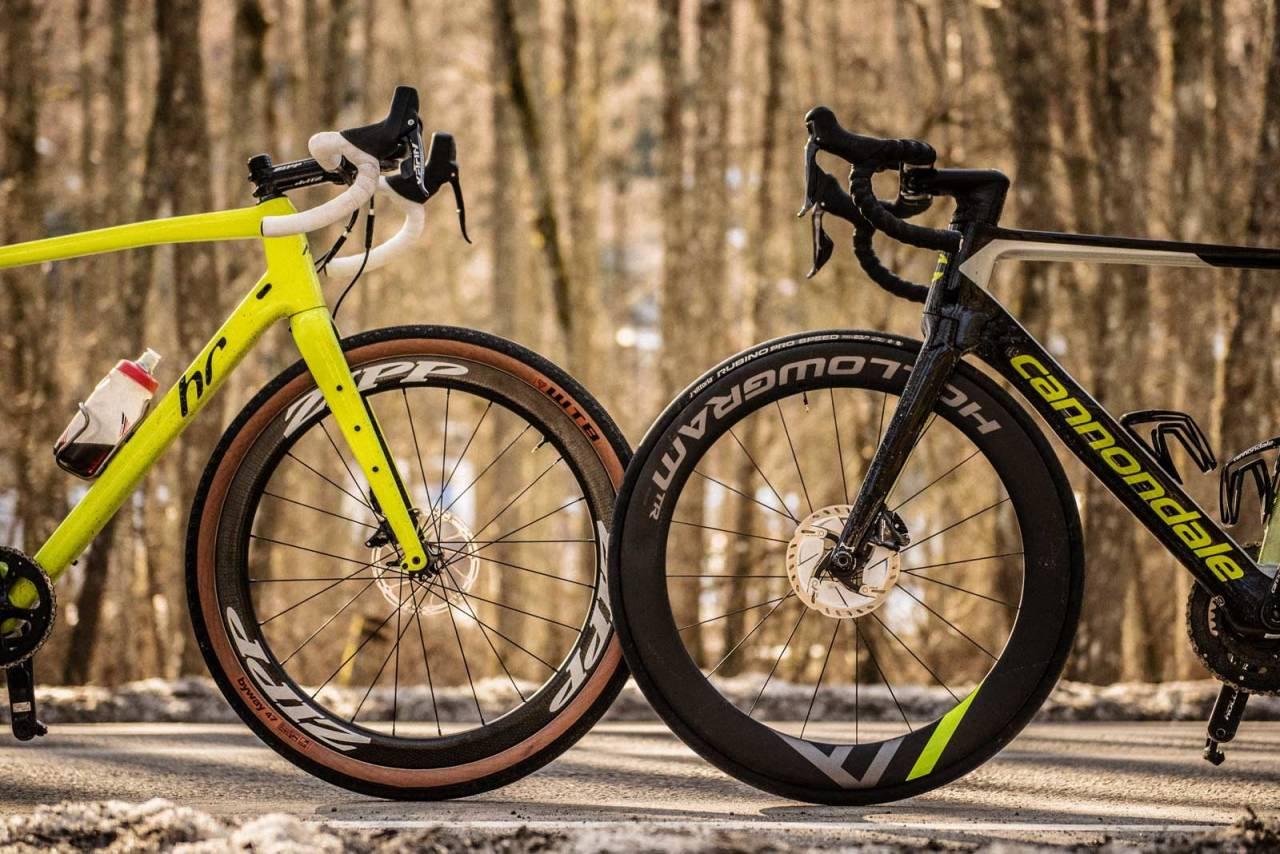 Synsbedrag: Radiusen på et 650b-hjul med brede dekk, og et standard landeveishjul med 25 mm dekk er så godt som lik. Kun få millimeter skiller. Foto: Henrik Alpers.