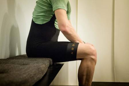 GOD SHORTS: Zu4r Addict Aero Bib shorts er en tynn, lang og stram bib med god passform og komfort. Alle foto: Henrik Alpers/Landevei