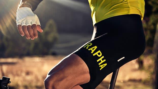 <b>STILIG FUNKSJON</b> Raphas Pro Team-plagg er elegante, men samtidig all business når det kommer til racer-sykling.