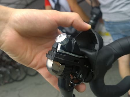 Innmaten til Shimano sine nye hyrdrauliske bremsehendler til mekanisk giring.