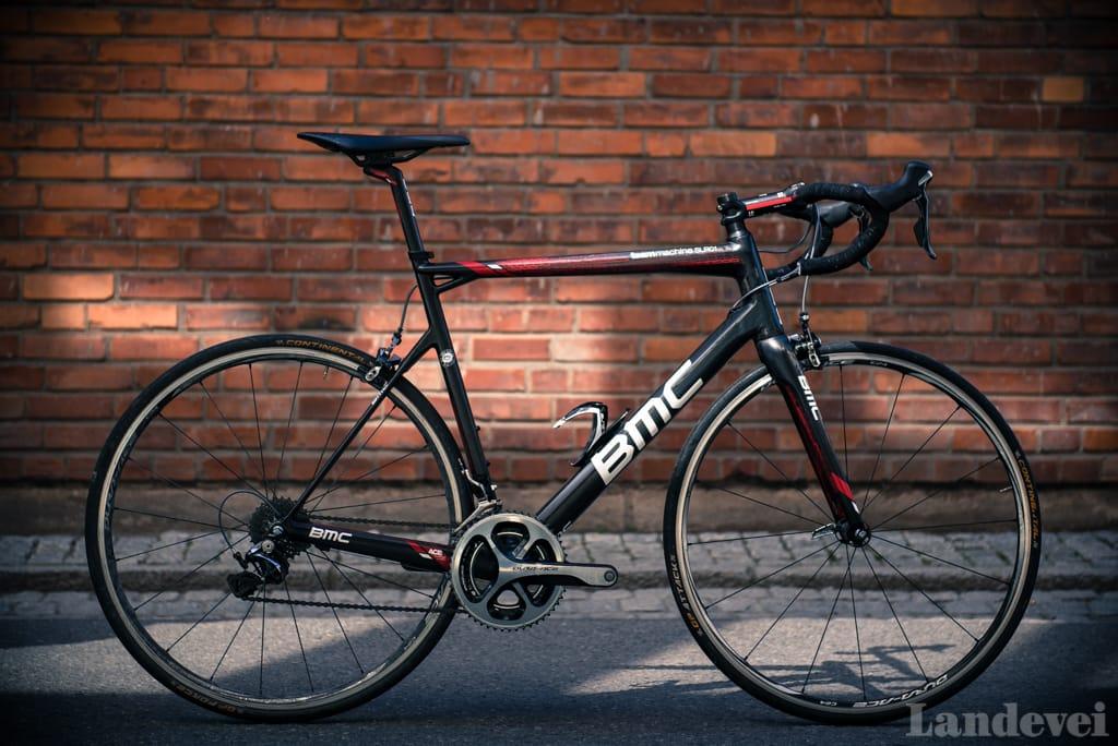 Siluetten er lett gjenkjennelig, men sykkelen avslører stadig kvaliteter når man får tatt den i bruk.