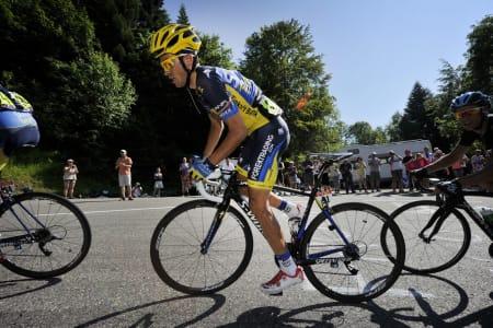 ALBERTOS FAVORITT: Den ferske Vuelta-vinneren har lenge hatt Zipp 202 som sine favoritthjul, dog i tubularutgave. Foto: Cor Vos.