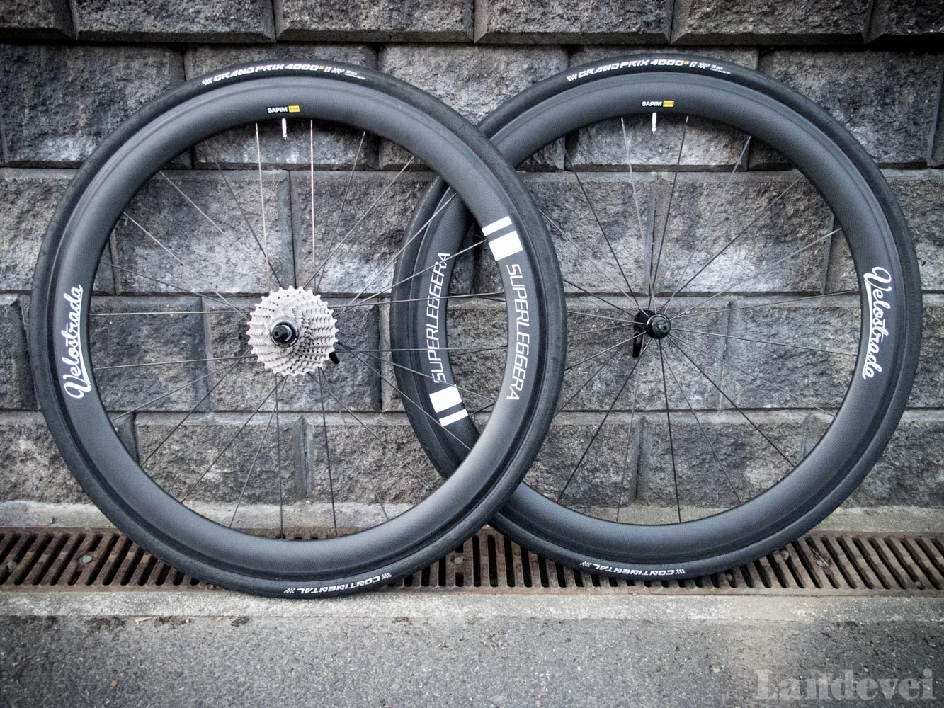 TEST: VELOSTRADA SUPERLEGGERA 50 MM