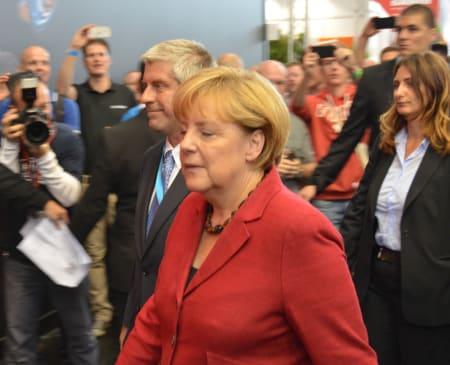 BUNDESKANZLERIN: Angela Merkel var også på Eurobike, her fanget i dype tanker om nye høyprofilshjul.