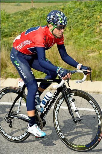 MOVI(E)STAR: Alejandro Valverde har åpnet sesongen sterkt, her på vei inn til sammenlagtseier i Tour Andalusia med sin Mixino. Foto: Cor Vos