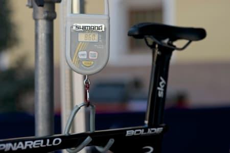 INGEN LETTVEKTER: Edvald's Bolide veier nøyaktig 8,6 kilo. Andre ryttere veide inn sykler godt over 9 kilo.