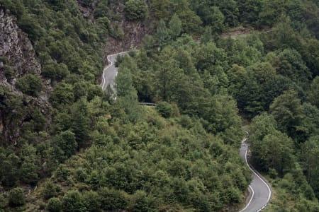 EKSOTISKE ANDORRA: Det ble både fuktig og kaldt på etappen inn til Andorra, men noen av rytterne satte forhåpentligvis pris på Collada de la Gallina.
