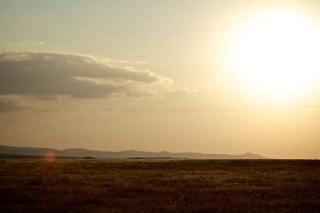 SPANSK ØRKENLANDSKAP: De knusktørre slettene i Extremadura står i sterk kontrast til det grønne og frodige landskapet i Galicia.