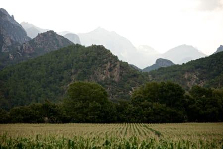 SPANSKE PYRENEER: Brattere, villere og spissere enn Pyrenéene på fransk side.